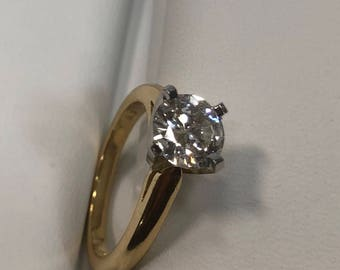 Luxury 18kt Gold and Platinum Solitaire Diamond Ring