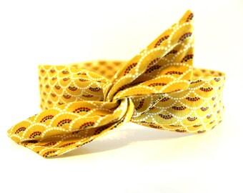 Rigid woman's headband