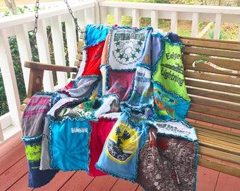 Tshirt Quilt, Custom Tshirt Quilt, Keepsake Tshirt Quilt, Rag Tshirt Quilt, Custom Quilt