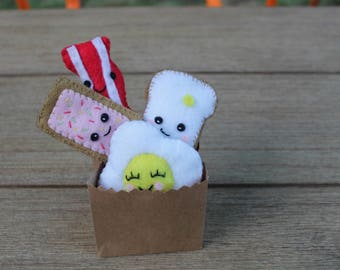 Felt Breakfast Foods Set of Four 4 // Handmade // Anthropomorphic // Bacon //  Egg // Toast // Pop Tart // Food // Grocery // Christmas Gift