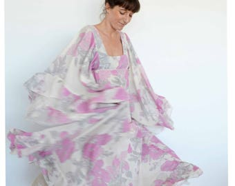 70s dress - boho angel sleeve ivory & pink flower print hippy maxi dress - vintage clothing - SM/MED