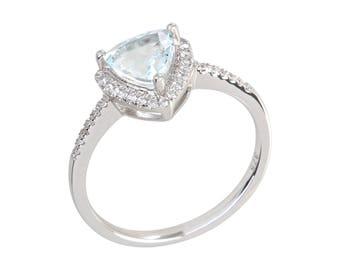 10KT White Gold 1ctw Aquamarine & 0.16ctw Diamond Classic Ring SZ 7