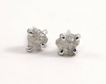 Tiny raw diamond earrings Sterling silver 4 mm small rough diamond stud earrings Boho chic jewelry Raw stone earrings Tiny silver studs