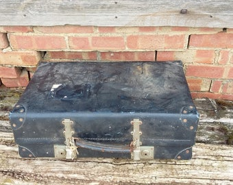Vintage Luggage Suitcase Storage Revelation