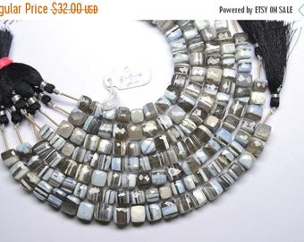 40%DIS Rare Fine Quality 8-9-10mm Natural Peru Blue Opal Striped 3d Cube Briolette Beads-10 Beads Apx/Strand(C)