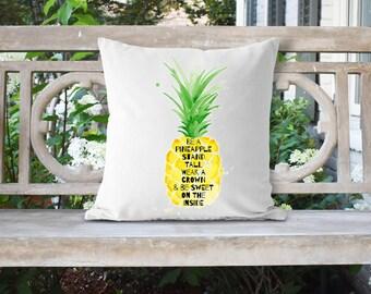 Pineapple 18x18 Pillow//Custom Pillows//Housewarming Gifts//Pillow Cover//Throw Pillow//Be a Pineapple Pillow