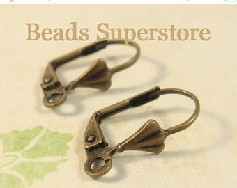 SALE 18 mm x 10 mm Antique Brass Shell Lever-Back Ear Hook - Nickel Free and Lead Free - 20 pcs