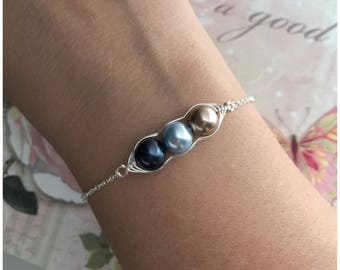 Silver Pea in a Pod Bracelet - Three Peas in a Pod Bracelet - 3 Pea Pod Jewelry - Choose Your Colors - Mother Gift with Children Colors