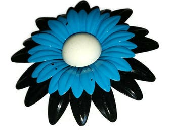 Vintage Big DAISY Blue & Black Brooch 60s MOD Enamel Flower Power Broach Floral Pin 1960s Summer Jewelry Mad Men Twiggy Fashion Bridal Gift