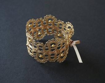 Pearl Lace Bracelet | Handmade Bobbin Lace Jewellery