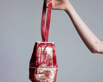 ECLIPSE 1970s Red Embossed Egyptian Revival Drawstring Bag