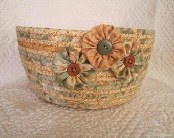 Coiled Rope Basket, Clothesline Bowl, Fiber Art Bowl / B103