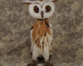 Needle felted animal, needle felted owl, needle felted sculpture, needle felted bird