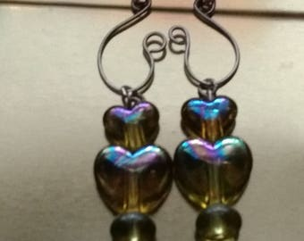 Hand crafted earrings, smoke free home. Free shipping within Canada.