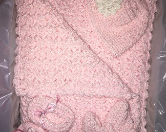 Beautiful Soft Pink Baby Blanket, Hat and Booties hand crocheted with Bernat Baby Coordinates yarn