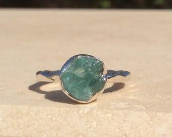 US 5, Raw Apatite Ring, Apatite Silver Ring, Rough Natural Gemstone Ring, Rough Apatite Ring, Natural Apatite Gemstone Silver Ring