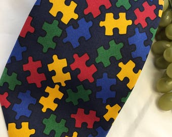 V346 By Appointment to hrh the prince of wales puzzle tie silk