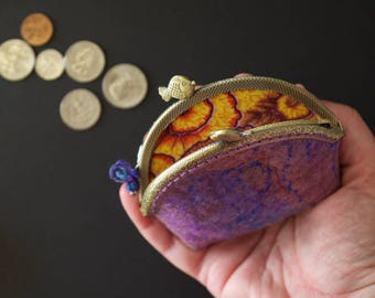 Medium coin purse - tea wallet - purple - fish clasps - handmade wool felt - hand dyed silk fibers - Lined - Special gift - Kaffe Fassett