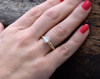 Diamond Solitaire Ring-0.88 carat Solitaire ring -Classic diamond ring-Diamond Engagement Ring-Gold Ring-Promise ring-Art deco ring-For her