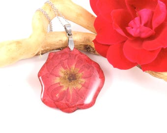 Real flower Necklace, Real, Pressed Flower necklace, Botanical Plant Jewelry, Birth Month June, Nature jewelry, Real Rose jewelry