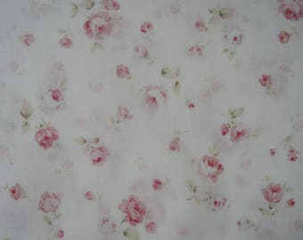 "1/2 yard of Lecien Durham Quilt Collection Small Roses on White Background. Approx. 18"" x 44"" Made in Japan"