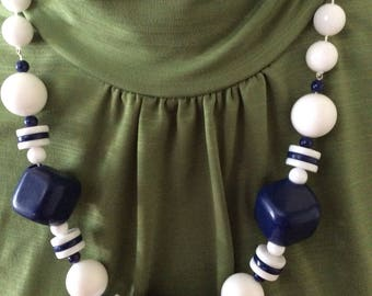 Vintage Chunky Navy Blue and White Beaded Necklace