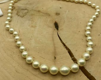 """Graduated Pearl Necklace with 14kt Gold Clasp 16"""" Long"""