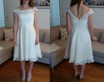 Short wedding dress/ Short lace chiffon wedding dress/ slash neck/ knee length wedding dress/ reception dress/ Robe de mariée civile courte