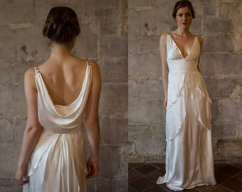 Silk wedding dress/ Great Gatsby wedding dress/ low back v neck bias cut 1920s 1930s wedding dress/ simple/ draped/ Robe de mariée vintage