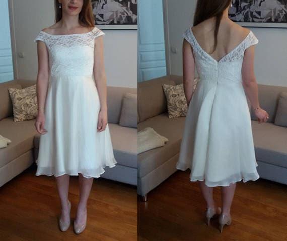 Short wedding dress/ Short lace chiffon wedding dress/ slash