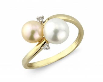 Peach Pearl & Diamond Ring