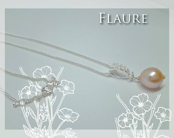 Silver necklace and cultured pearl