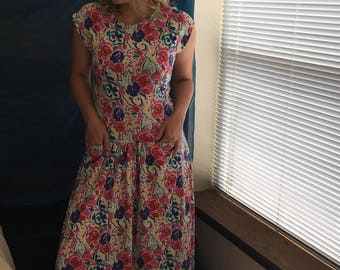 Vintage floral laura ashley dress. Cotton. Long boho 90s dress. Bright. Dropped waist. Pockets