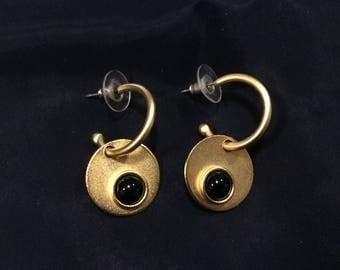 Martha Sturdy Modern Hoop Earrings Matte 24k Gold Black Onyx Cabochon Vintage