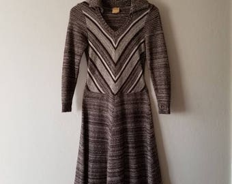 70s Geometric Long Sleeve Knit Dress