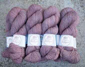 Hand dyed natural Bluefaced Leicester and Masham yarn - 100 grams - 240m/262 yards - Rosa Antico