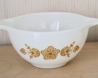 Vintage 1972 Butterfly Gold Small Mixing Bowl