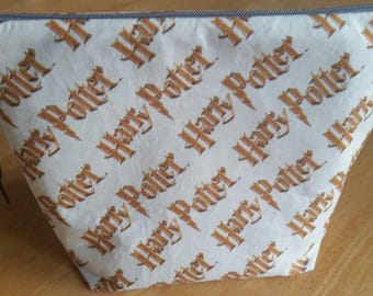 Harry Potter cotton pouch, pencil case, make up bag, gadget bag,multi use pouch.....the list is endless... with leather zipper pull.
