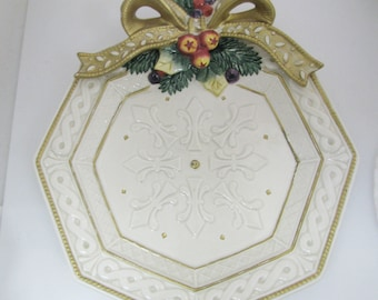 a425 Fitz and Floyd Classics Decorative Christmas Plate