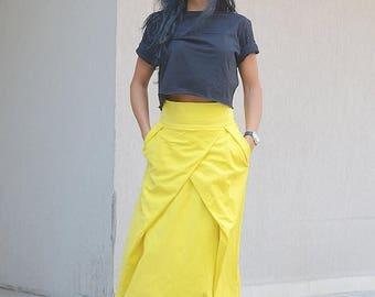 SALE 25% OFF maxi skirt, maxi skirt pockets, gypsy long skirt, long skirt pockets, Long Black Skirt, maxi skirts, floor lenght skirt, loose