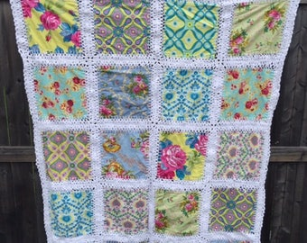 Quilt with Jennifer Paganelli fabric