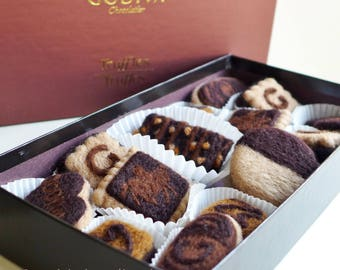 Needle felted 15pcs Chocolate Covered Biscuits/cookies in Godiva box