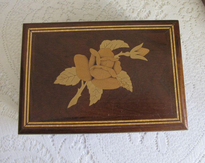 Old Jewelry Boxes Inlayed Flower Designed Vintage Jewelry and Trinket Box Velvet Lined Wooden Boxes and Storage