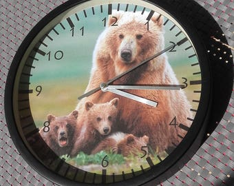 clock wall grizzly bear and Cubs bear pattern design