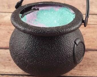Halloween Bath Bomb, Bubbling Cauldron, Cauldron Bath Bomb, Witches Brew Cauldron, Bath Bomb, Halloween Favor, Witch Bath Bomb, Bath Fizzy