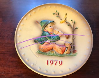 M. Hummel 9th Annual Plate