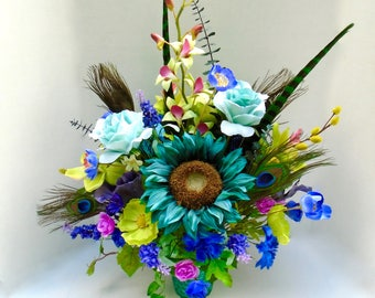 Floral Centerpiece Peacock Dining Table Arrangement Turquoise Decor