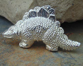 D'Molina ~ Mexican Sterling Silver Stegosaurus Dinosaur Pin / Brooch