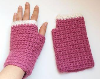 Beginners mitts crochet pattern for KIDS and ADULTS. Fingerless crochet gloves easy pattern // TETRIS crochet pattern _ C42