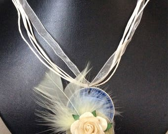 Necklace in organza with nespresso aluminium hanger with flowers and poultry